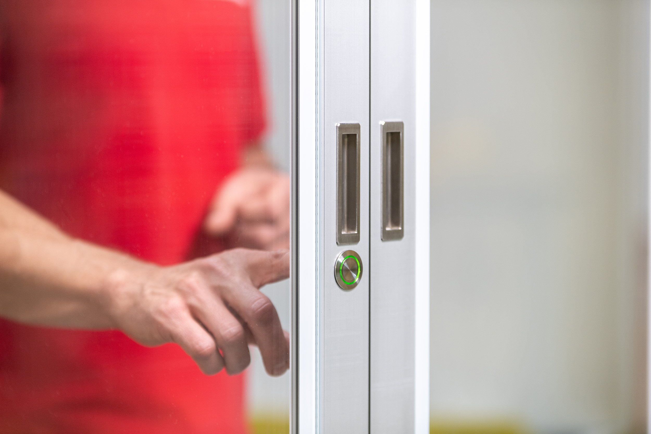 Transition door - simplify engineering AG